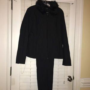 Isisport Black Suit w/Faux Fur Jacket-L Pants Sz 8